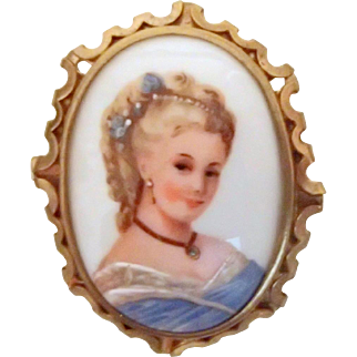 Hand-painted Pretty Lady Pin - Limoges