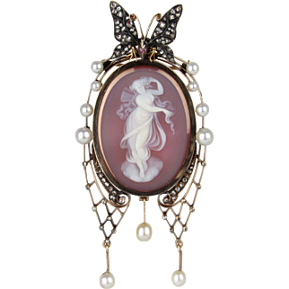 19th C Sentimental Agate Cameo Brooch of Psyche and a Butterfly