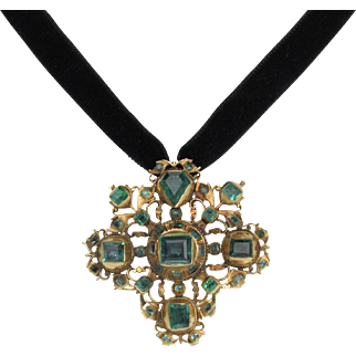 18th C Spanish Colonial / Iberian Table-cut Emerald Cross Pendant