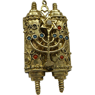 1950's Heavy Ornate Solid 14kt 2 hinged opening Torah Charm revealing the 10 Commandments Tablets...18 Grams