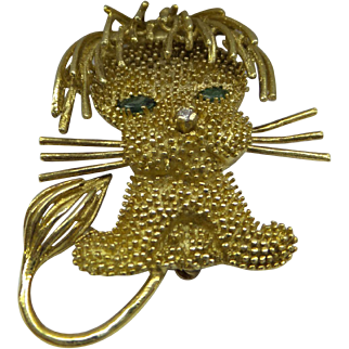 Lovely 1960's Solid 18kt. Dimensional Ornately Detailed Lion Pin...9.5 Grams