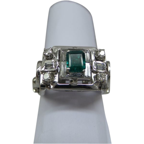 Estate Fine Quality 14kt White Gold Natural Diamond And
