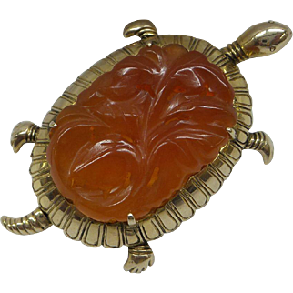 Original 1940's Solid 14kt Large Carved Carnelian Turtle  Pin...Very Nice and Unique