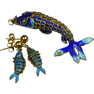 Vintage Articulated Enamel Fish Demi Parure Pendant Necklace Earrings