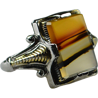 Art Deco Translucent Banded Agate Ring