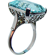 Vintage 16ct Emerald cut Aquamarine Ring 18K Rose Gold Ornate Mounting