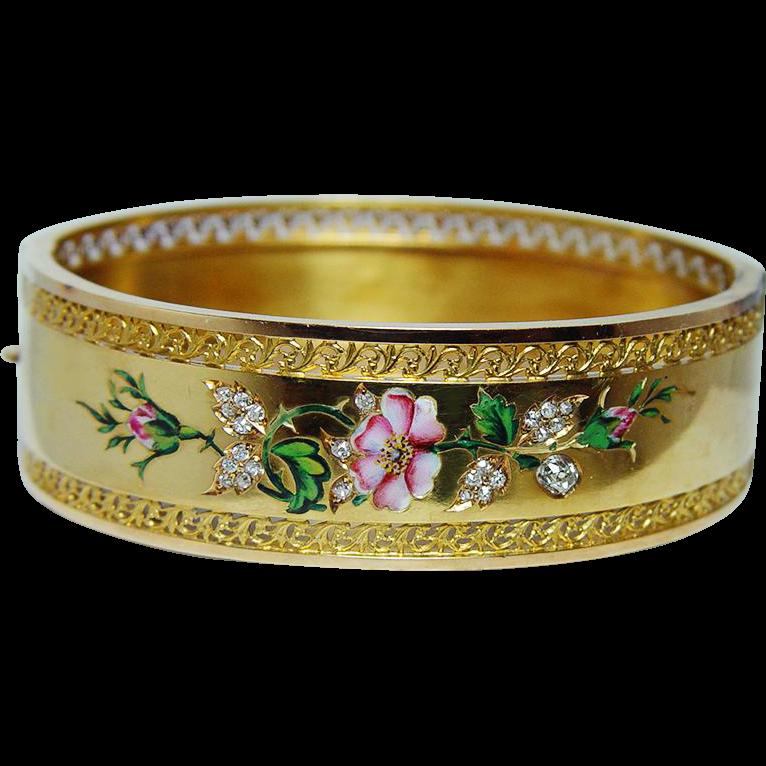 Bracelet en or rose vintage