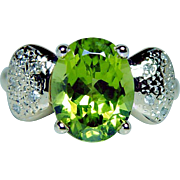 Vintage 18K Gold Peridot Diamond Ring Dainty Estate 3.2ct