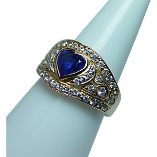 Vintage 18K Gold Ceylon Sapphire Heart Diamond Ring Estate