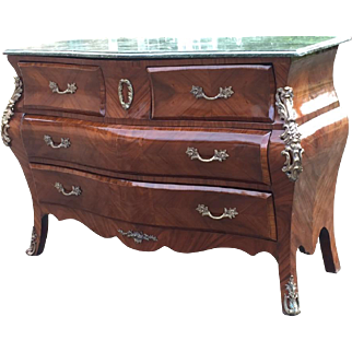 Special made chest of drawers/commode in French style