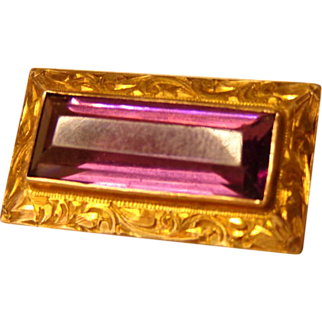 10k Yellow Gold Engraved Purple Brooch