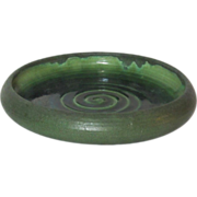 Grueby Pottery, Matte Green Low Bowl or Bulb Tray, Very Nice