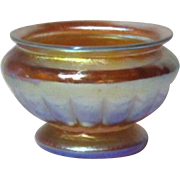 L.C.T. Tiffany Gold Favrile Ribbed Pedestal Salt, Outstanding Iridescence