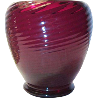 Steuben, Selenium Red Swirl Vase, Nice Tight Swirls, HTF Color, Very Nice