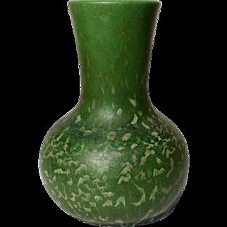 Hampshire Pottery, Experimental Frothy Mottled Matte Green Bud Vase, Great Glaze