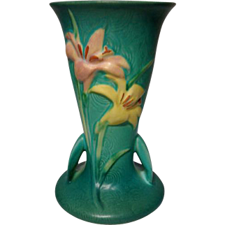 Roseville Pottery, Zephyr Lily, Large Green Double Handled Vase, Very Nice
