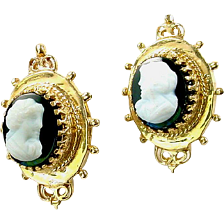 Antique Hardstone Cameo 14k Yellow Gold Earrings
