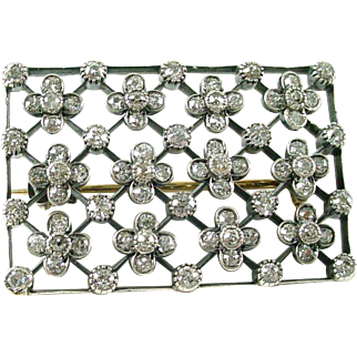 Edwardian 2.40 Ct. Silver Topped Gold Diamond Brooch