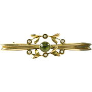 Antique Edwardian Peridot Pearl Gold Bar Pin