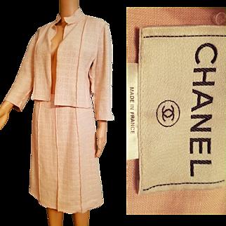Rare Vintage CHANEL PARIS 90s Dusty Rose FUNNEL Collar wool boucle Skirt/Jacket Suit - 1990s