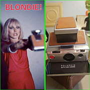 Vintage 70s POLAROID SX-70 Automatic Instant Camera - 1970s