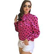 ❤ON-TREND!❤ Vintage 80s ADELE SIMPSON Fuschia/Black SILK Pussy Bow Blouse Top Shirt - 1980s