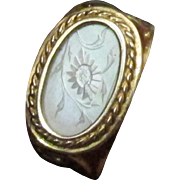 Antique Chinese Mother Of Pearl Gaming Chip Ring Size 5 1/2 Yellow Gold 14 karat.