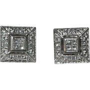 Sparkling Estate Absolutely lovely 14 Karat White Gold Diamond Earrings.