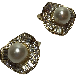 Baguette Round Rhinestones Faux Pearl Gold Toned Earrings circa. 1960