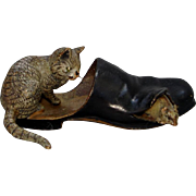 "Vienna Bronze ""Cat and mouse in slipper"",  3"" long, great detail and condition"