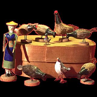 A sweet Erzgebirge chicken farm set