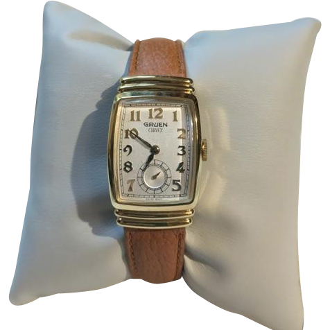 Gruen Art Deco Curvex 10K GF Hooded Lug Watch Never Worn