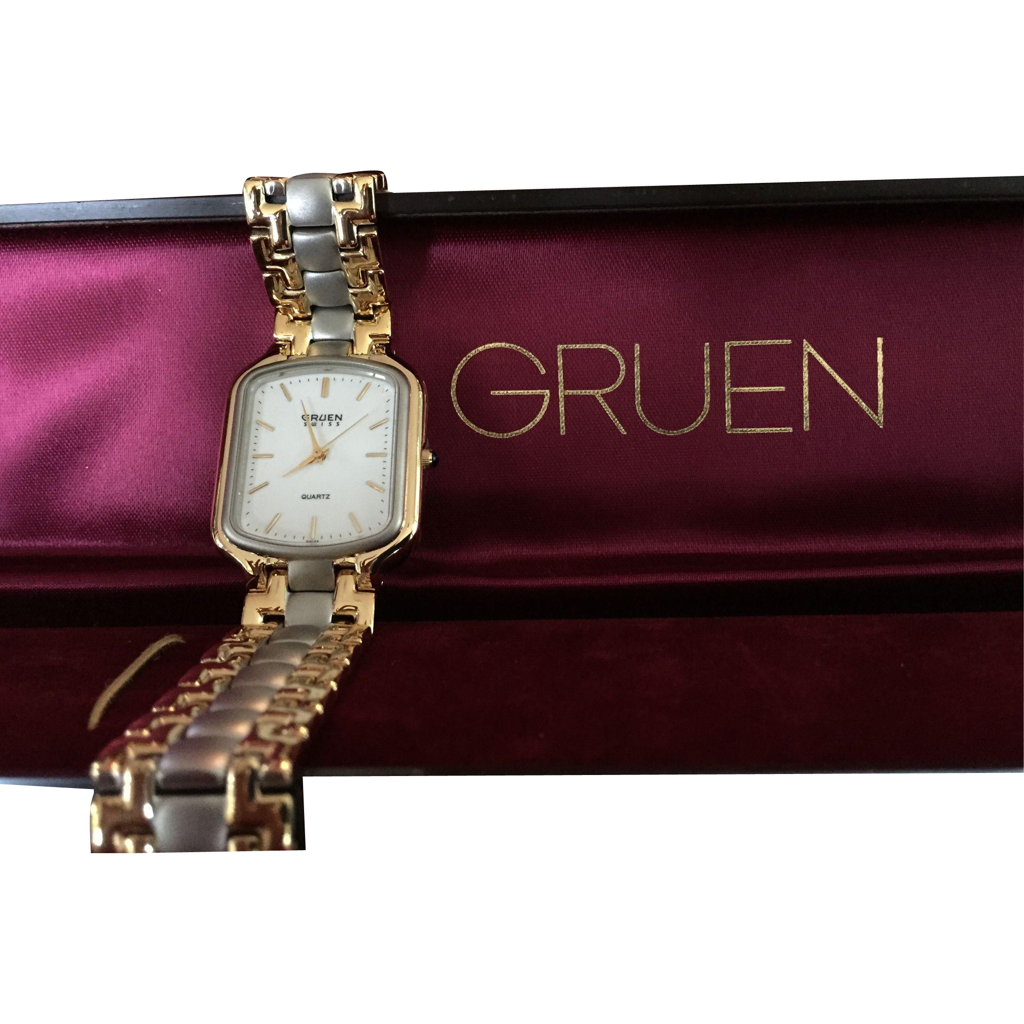 vintage gruen swiss two tone men 39 s watch from chappy on. Black Bedroom Furniture Sets. Home Design Ideas