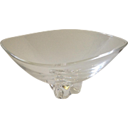 """Signed Steuben Footed """"Trillium"""" 10"""" Crystal Centerpiece Bowl, c. 1958"""