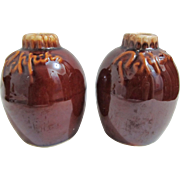 Hull Brown Drip Salt and Pepper Shakers Oven Proof USA 3 3/4 tall.