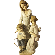 LLadro Sunday Best 5758 Retired Mother Daughter Son
