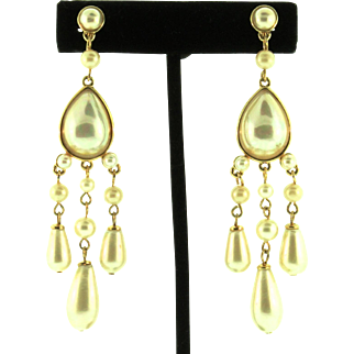 Vintage CAROLEE LUX Fx Glass Pearl Chandelier Gold-Plated 3.5 Inch Clip EARRINGS