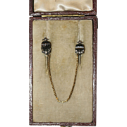 Fine Antique Victorian 18 carat gold, carved banded agate and diamond double cravat/tie pin with original box - circa 1850