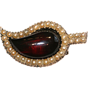 Antique Georgian 9 carat gold, garnet and seed pearl leaf brooch/pendant - circa 1780