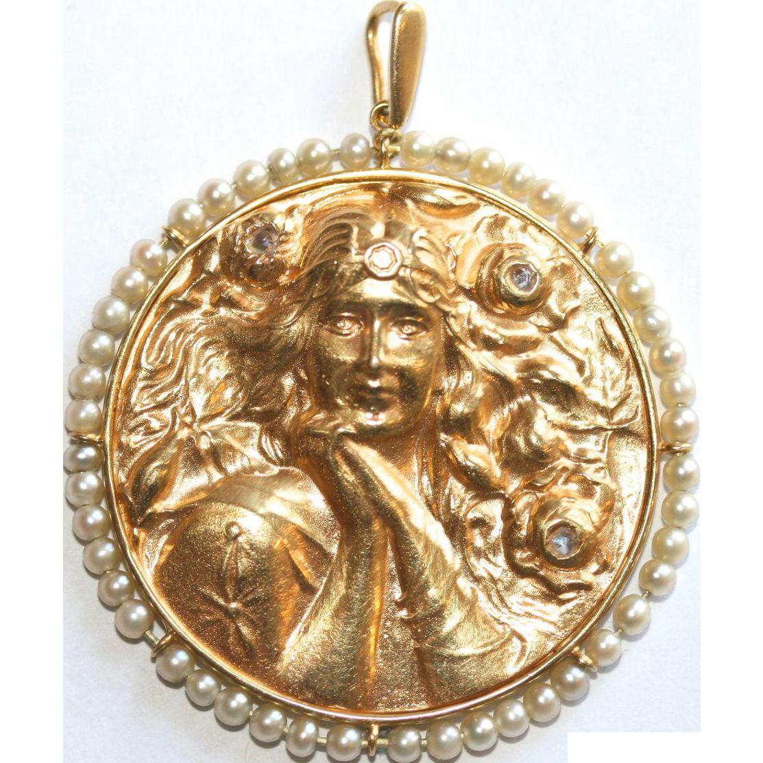 Stunning Large Antique Art Nouveau 18 Carat Gold Pearl