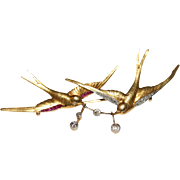 Exceptional quality Antique Edwardian 18 carat gold, diamond and synthetic ruby swallow love brooch - circa 1910