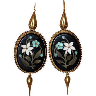 Sensational fine antique Victorian Etruscan revival pietra dura forget-me-not daffodil and snake 18 carat yellow gold earrings - English, circa 1870