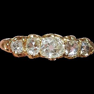 Pretty fine antique Victorian 18 carat yellow gold old cut diamond 5 stone ring est 1.10 carats - English circa 1880