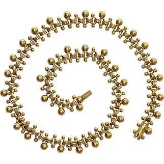 A Fine Antique Victorian 15 carat gold bobbled collar chain - English, circa 1880