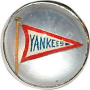 Vintage Art Deco Platinum Yankees Flag essex reverse crystal collar pin/rosette/brooch - circa 1920