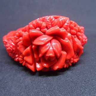 Spectacular Vintage Art Deco Bright Red Floral Molded Glass Expander Bracelet