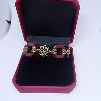 Vintage 1920's Art Deco Carved Carnelian Agate and Gilt Link Bracelet