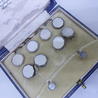 Complete Cased Set of Antique Edwardian Gentlemans Cufflinks / Studs