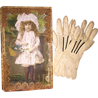 Antique French Fashion Doll Gloves In Dresden Paper Lithograph Box