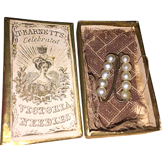 Antique Doll Miniature Pin/ Brooches Housed In A Printed Engraving Needle Box